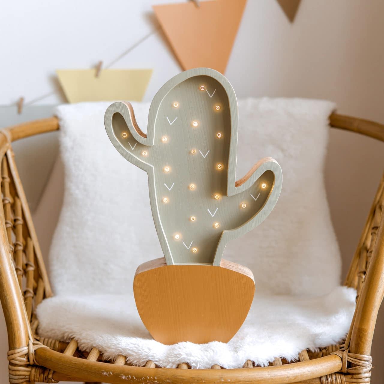 led-lampa-kaktus